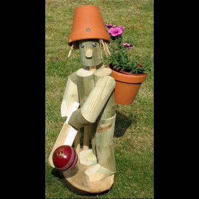 Wooden garden flowerpot men playing cricket flowerpot for Gardening gifts for men